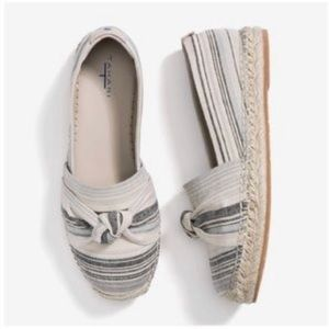 TAHARI Canvas Almond Toe Espadrille Knot Detail